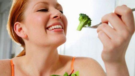 Как можно лечить желудок питанием?